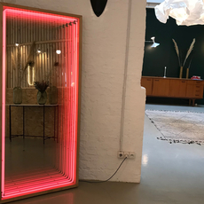 Miroir maxi benjamin mery mobilier lumineux furniture  lumneo maxi02840301  design signed nedgis 71407 thumb