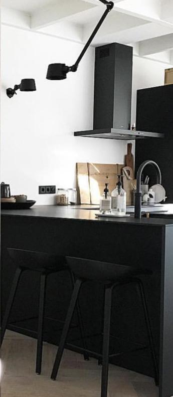 Plafonnier bolt noir 0l96cm h50cm tonone a524e68d 568f 4bca 8a2b 7d1b47894212 normal