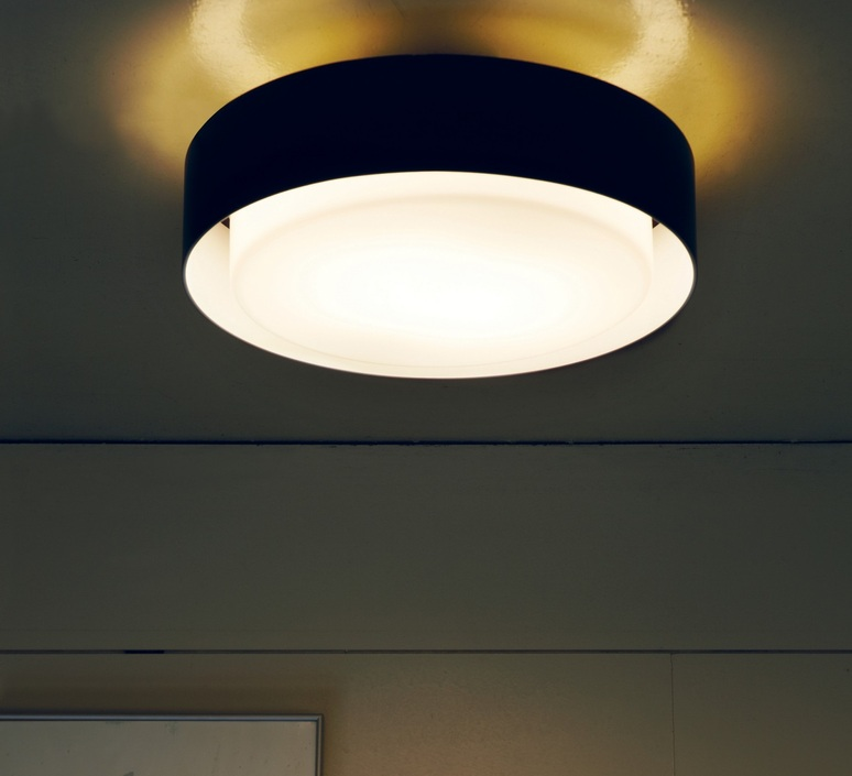 plafonnier plaff on noir 2x e27 33cm marset luminaires nedgis. Black Bedroom Furniture Sets. Home Design Ideas
