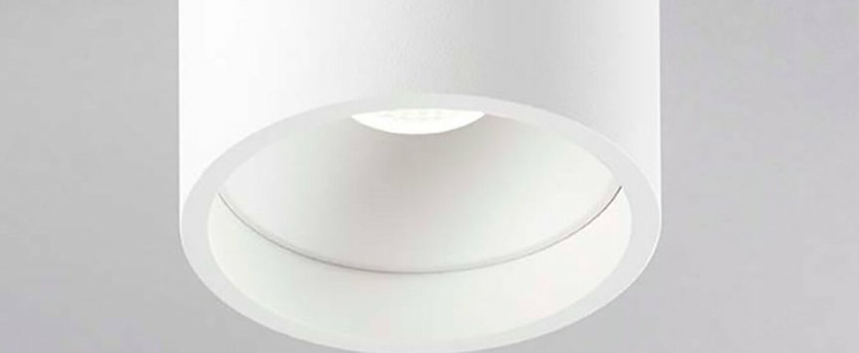 Plafonnier solo 1 blanc ip54 led 3000k 380lm o8cm h8cm light point normal