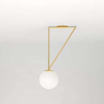 Plafonnier triangle and globe laiton l30cm h65 2cm atelier areti normal