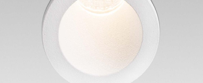 Spot encastrable fox blanc led 2700k 200 a 500lm o4cm h6cm faro normal