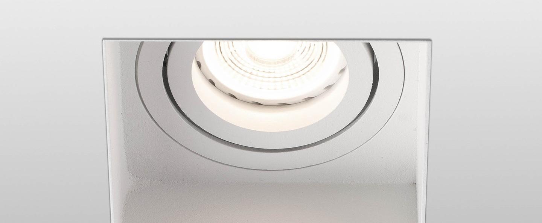 Spot encastrable hyde trimless orientable blanc l8 2cm h5 5cm faro normal