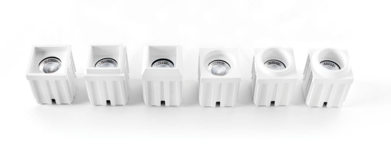 spot encastrable led qbini square out blanc cadre blanc h5 5cm l4 4cm 2700k 40 modular. Black Bedroom Furniture Sets. Home Design Ideas