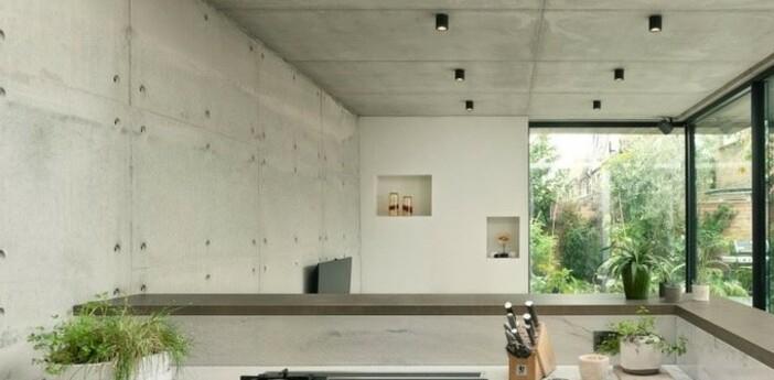Spot salle de bain kos round noir ip65 o8 5cm h8 5cm astro normal