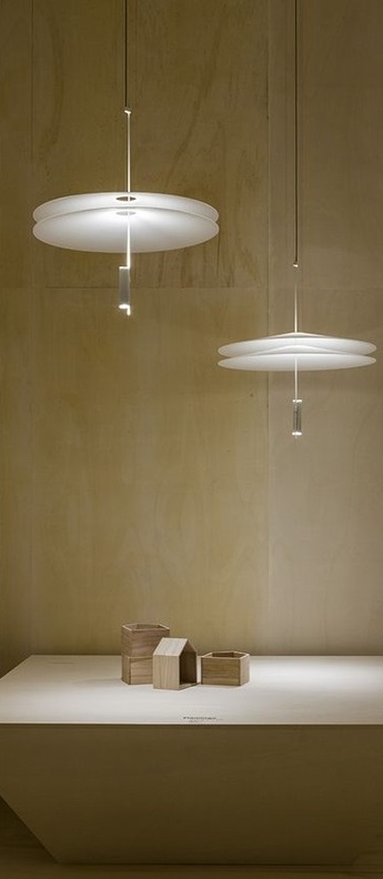 Suspension 1510 blanc led dimmable 2700k 1389lm o70cm h80cm vibia normal