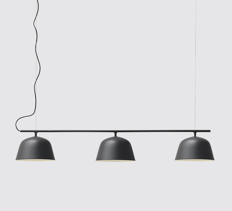 suspension ambit rail noir l126cm h20cm muuto luminaires nedgis. Black Bedroom Furniture Sets. Home Design Ideas