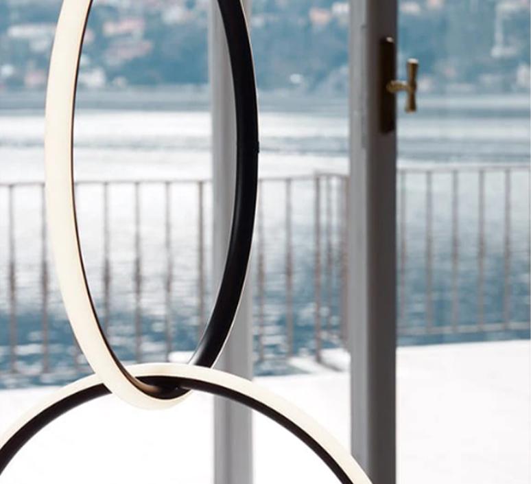 Arrangements round l round m square l  michael anastassiades suspension pendant light  flos f0408030 f0407030 f0409030 f0415030  design signed nedgis 100027 product