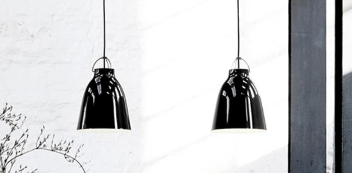 Suspension caravaggio p4 noir o55cm h70 3cm lightyears normal