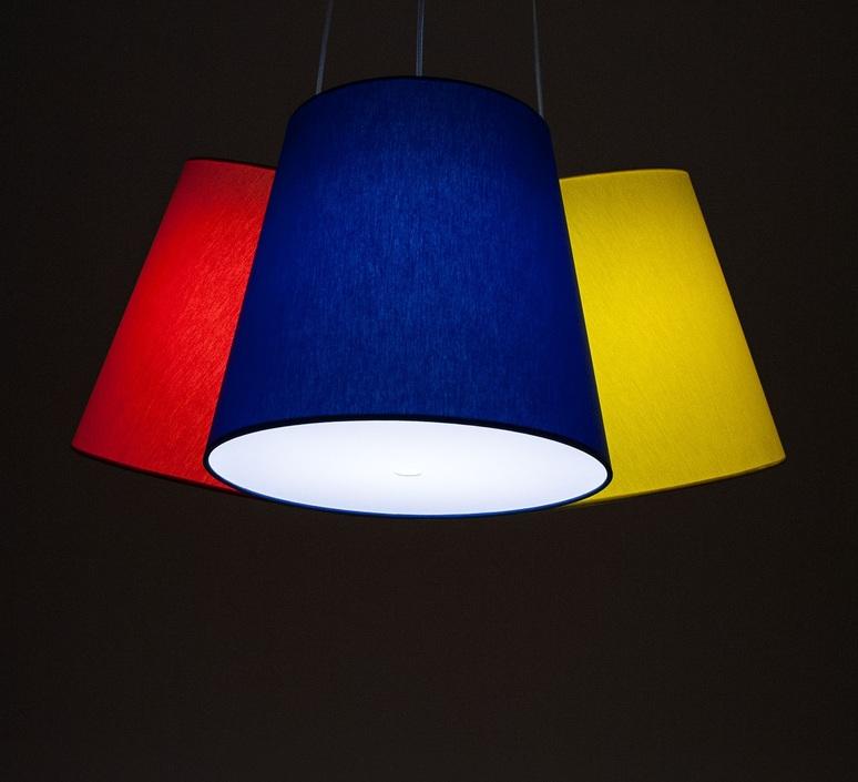 Cluster felix severin mack fraumaier cluster jaune luminaire lighting design signed 16933 product