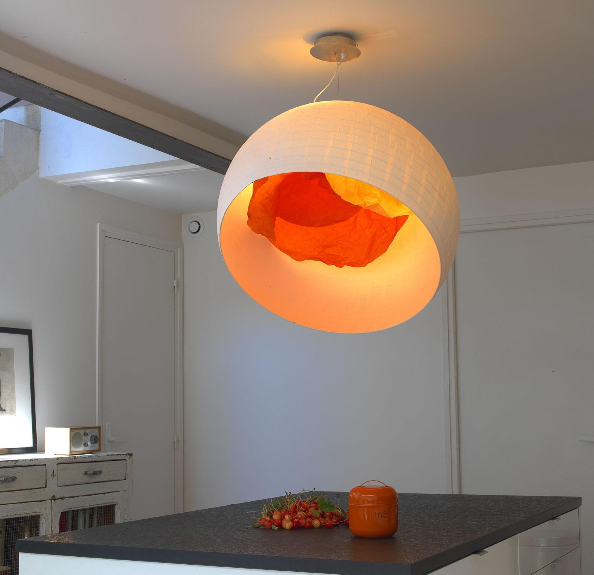 Suspension coquille d 39 uf blanc mandarine 74cm celine wright luminaires nedgis - Couleur coquille d oeuf ...