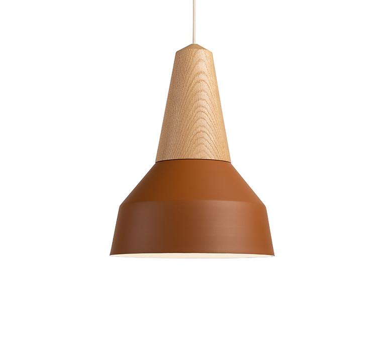 Eikon basic julia mulling et niklas jessen suspension pendant light  schneid eikon basic oak amber white canopy  design signed nedgis 106485 product