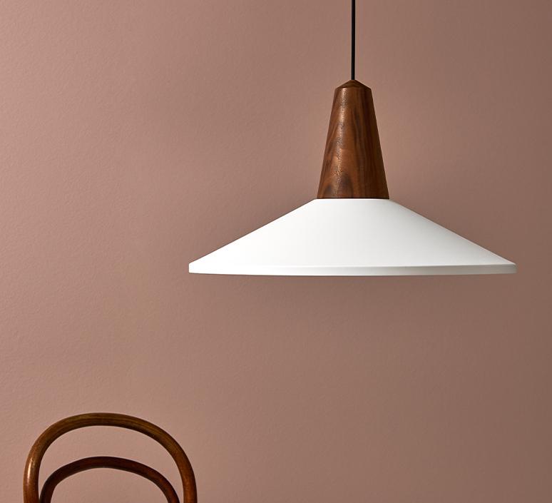 Eikon shell julia mulling et niklas jessen suspension pendant light  schneid eikon shell blanc noyer  design signed 106412 product
