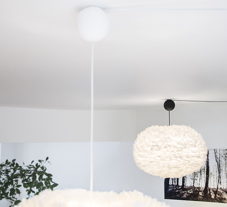 Eos mini blanc avec cable cannonballl blanc soren ravn christensen suspension pendant light  umage vita copenhagen 2011 4031  design signed nedgis 93624 product