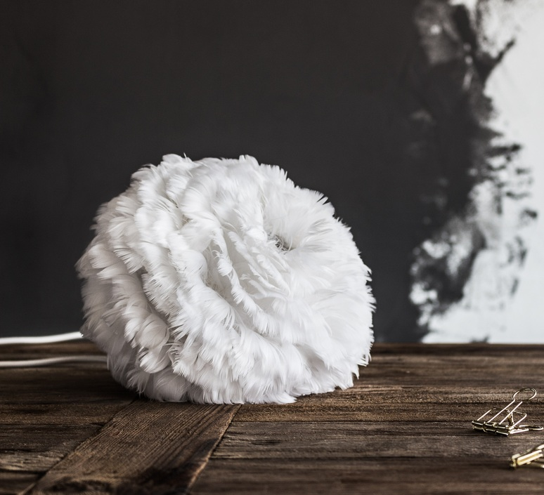 Eos mini blanc avec cable rosette blanc soren ravn christensen suspension pendant light  umage vita copenhagen 2011 4144  design signed nedgis 93578 product