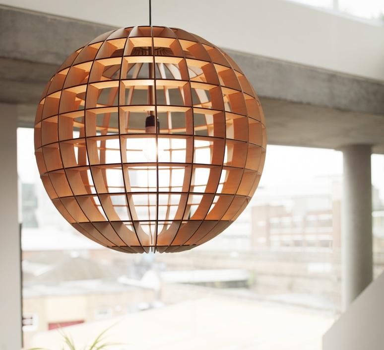 Suspension Globe Bois Naturel 28cm Massow Design