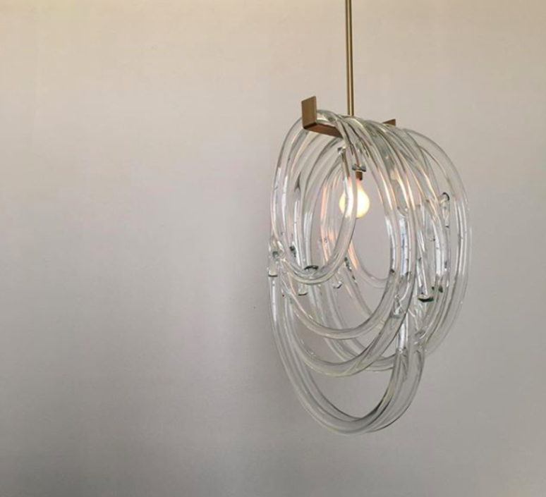 Trace Light Suspended Lights From Sklo: Suspension, Lasso Double, Laiton, L43cm, H63cm