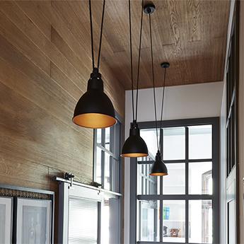 Suspension les acrobates de gras n 323 noir interieur cuivre o17cm h17cm dcw editions paris normal