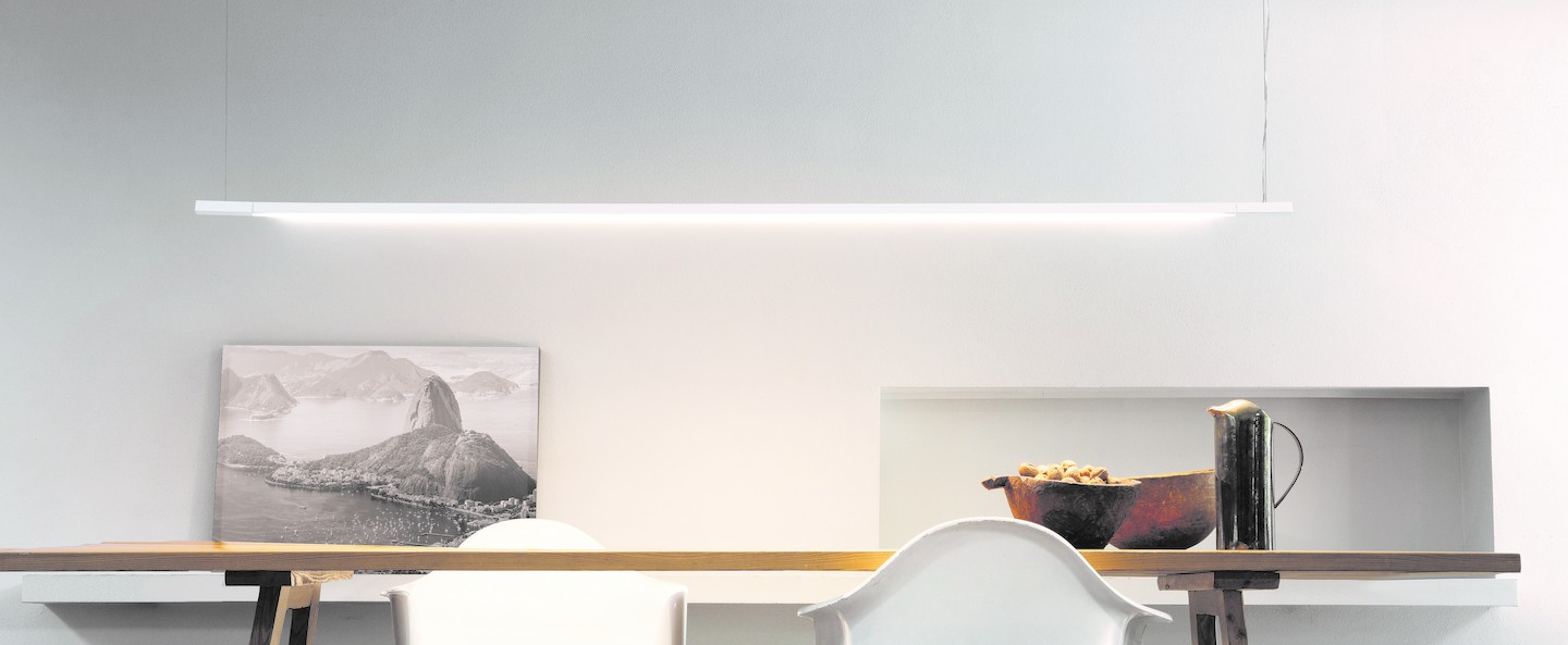 Suspension linescapes horizontal blanc led 2700k 2100lm ip44 dimmable l130cm h2cm nemo lighting normal