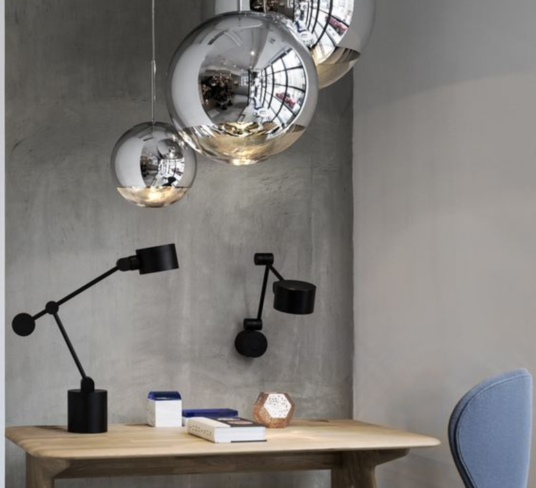 suspension mirror ball chrome 40cm h40cm tom dixon. Black Bedroom Furniture Sets. Home Design Ideas