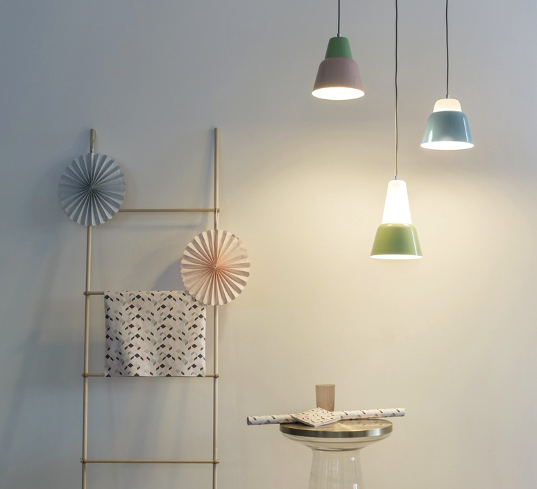 Modu lena billmeier et david baur suspension pendant light  teo t0012l gd000 lg558  design signed 33304 product