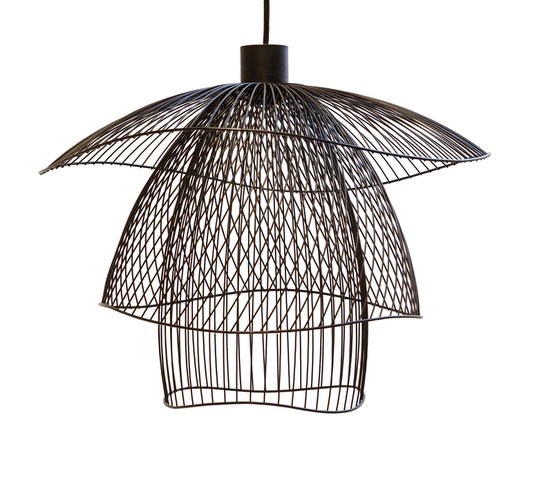 Pendant light papillon pm black 56cm forestier for Luminaire noir suspension