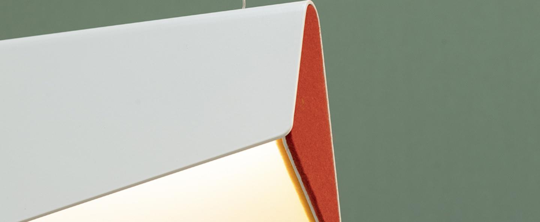 Suspension petite mobula blanc et orange l41cm h17cm designheure normal