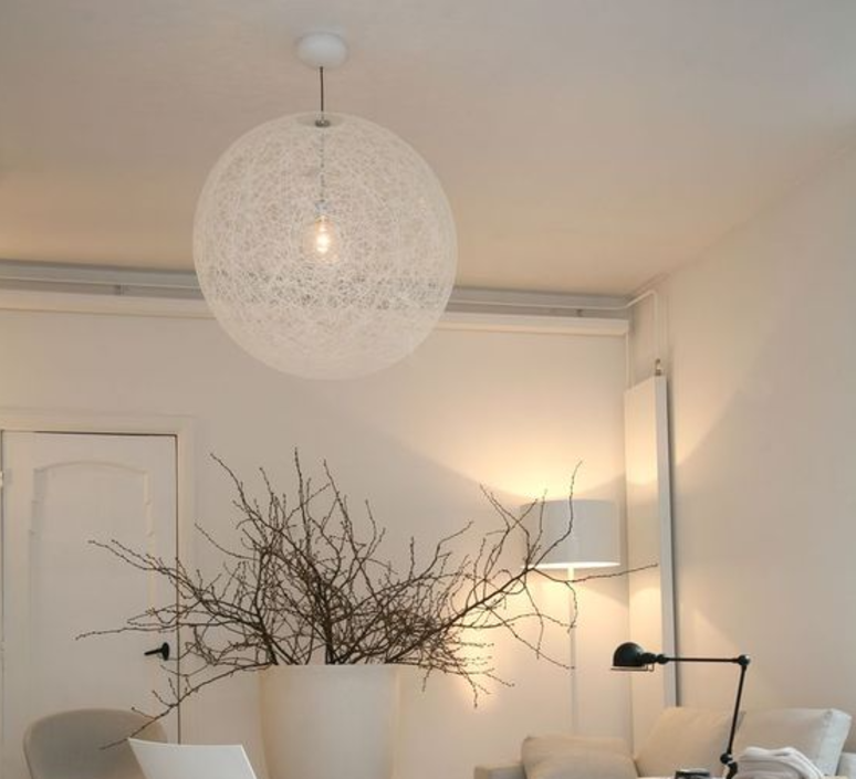 suspension random light m blanc 80cm h80cm moooi. Black Bedroom Furniture Sets. Home Design Ideas