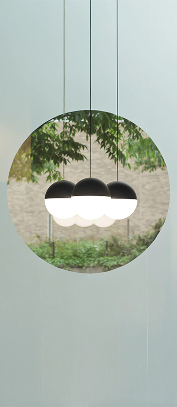Suspension string light sphere 22m rosace noir led 2700k 1345lm o19cm h16cm flos normal