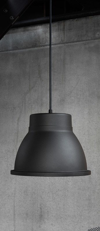 Suspension studio noir o39cm h29cm muuto normal