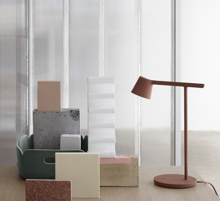 Tip jens fager suspension pendant light  muuto 21312  design signed 94262 product