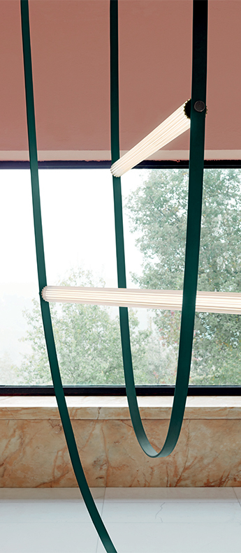 Suspension wireline vert foret led 2700k 2793lm l177 313cm h290 890cm flos normal
