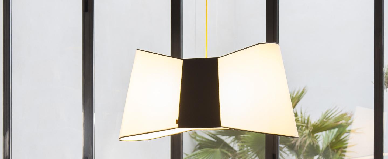 Suspension xxl grand couture blanc noir jaune l100cm designheure normal