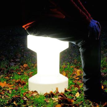 Tabouret lumineux sans fil led stool blanc h55cm bloom holland normal