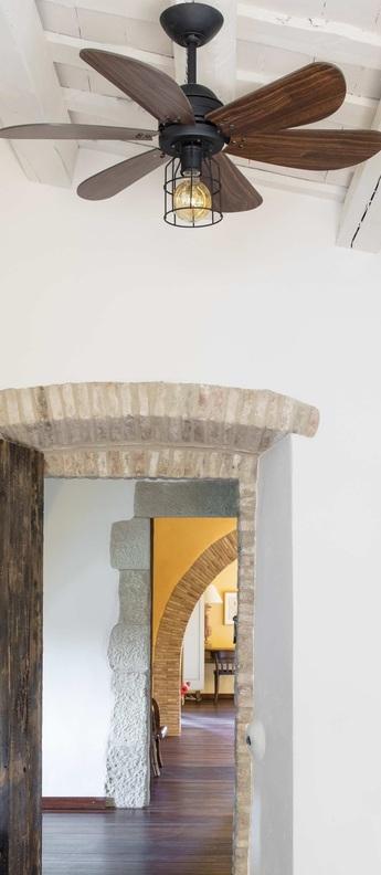 Ventilateur de plafond lumineux chicago noir o90cm h46cm faro normal