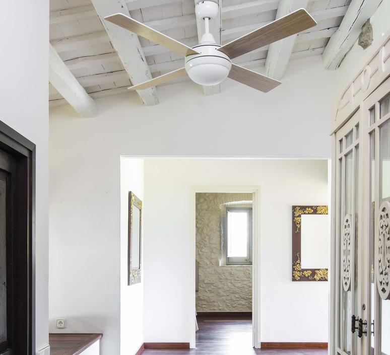 Icaria studio faro lab ventilateur lumineux ceiling fan light  faro 33702  design signed nedgis 113851 product