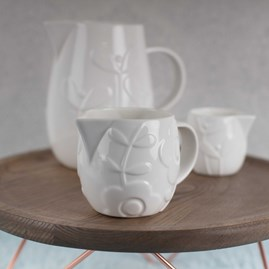 Stylish Bone China Jugs Medium
