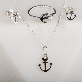 Personalised Anchor And Heart Pendant