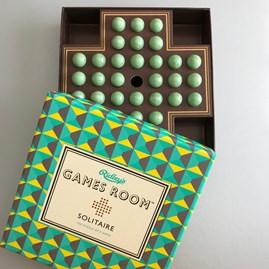 Classic Solitaire Puzzle Game