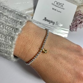 'Amazing Sister' Beaded Charm Bracelet