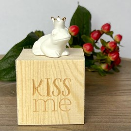 Porcelain Frog King 'Kiss Me' in Box