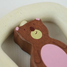 Wooden Baby Grabbing Toy Bear