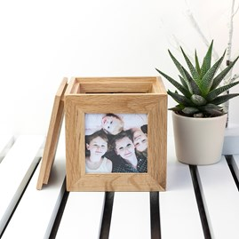 Personalised Wreath Oak Photo Cube