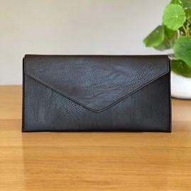 Cross Body Clutch Bag in Black