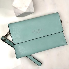 Clutch Bag In Mint