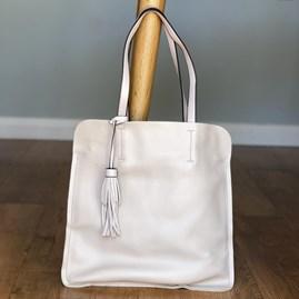 Shoulder Bag With Tassel in Beige