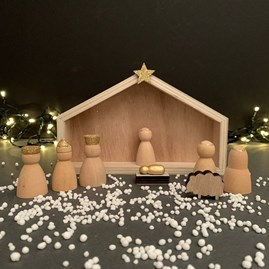 Wooden Manger Scene Christmas Decoration