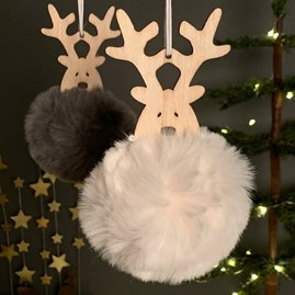 Hanging Wooden Reindeer Head With Pompom Body