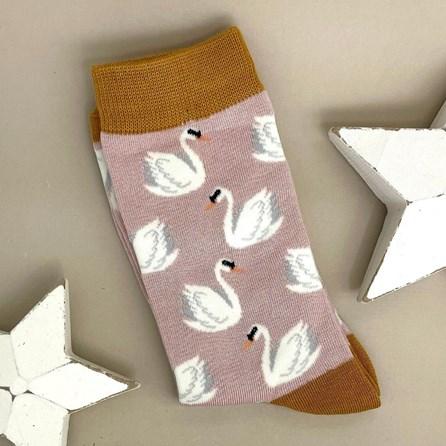 Bamboo Swans Socks In Dusky Pink