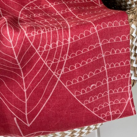 Leaf Patterned Scarf In Red